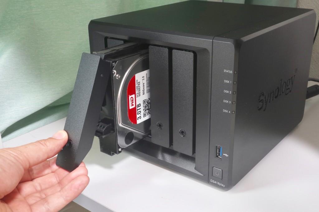 NASにHDDを増設