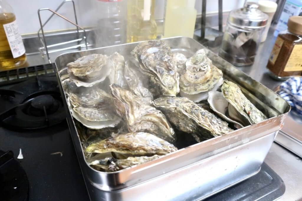 コレは美味すぎ!鳥羽浦村の殻付き牡蠣カンカン焼き