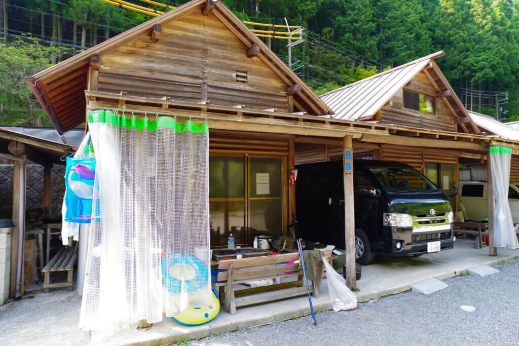 川遊びに釣り【オートキャンプとちお】はファミリーに最適なキャンプ場!